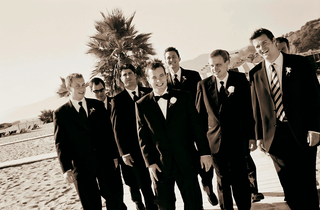 groomsmen-on-the-sand-at-california-beach