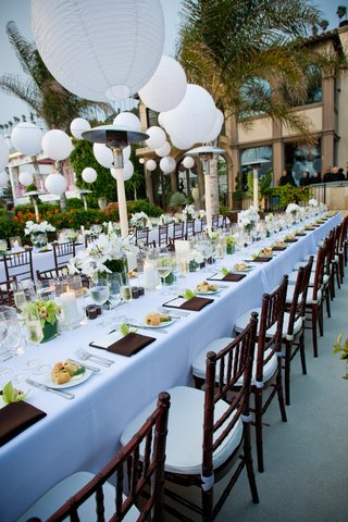 beach-wedding-reception-table-decorations