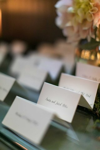 escort-cards-with-calligraphy-white-ivory