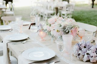 katrina-hodgson-wedding-reception-with-light-pink-details