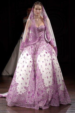 naeem-khan-bridal-spring-2017-doha-purple-ball-gown-wedding-dress-veil-embroidery-strapless
