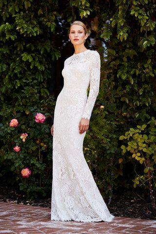 tadashi-shoji-fall-2018-knit-lace-floor-length-gown-with-long-sleeves