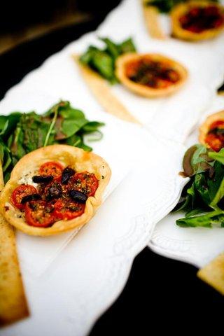 wedding-appetizer-tomato-and-kalamata-olive-tart
