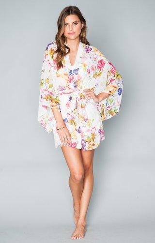kimono-in-multicolored-floral-pattern