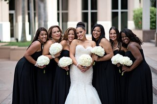 african-american-bridesmaids-holding-hydrangea-bouquets
