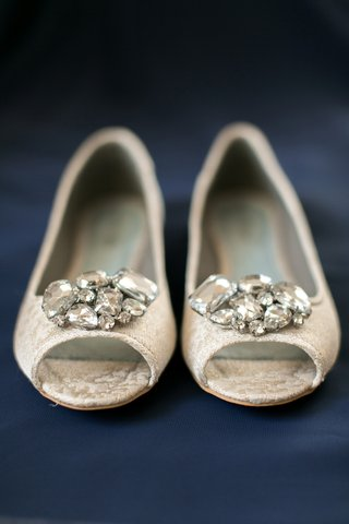 bridal-brocade-peep-toe-shoes-with-rhinestones
