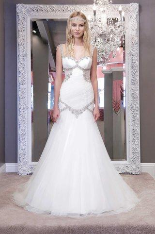 winnie-chlomin-2016-wedding-dress-with-jewel-bust-bodice-and-drop-waist