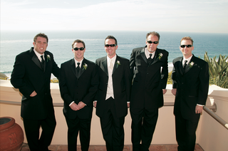 oceanfront-lack-tuxedos-with-ebony-and-ivory-ties
