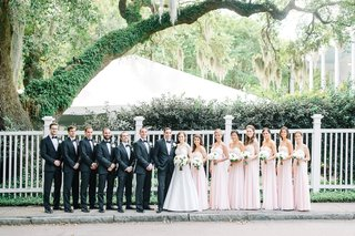 couple-bridal-party-southern-estate-venue-groomsmen-bridesmaids-classic-wedding-blush-light-black