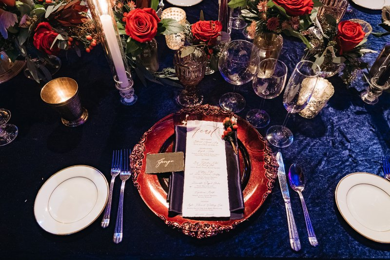 Royal Blue Linens & Red Décor