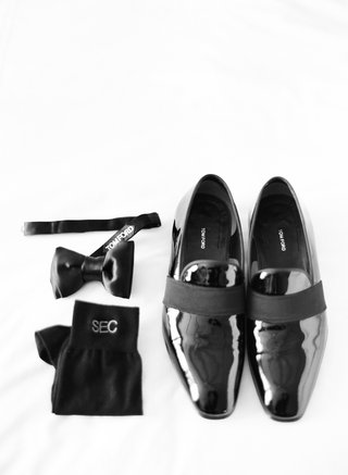 tom-ford-shoes-and-bow-tie-with-monogram-socks