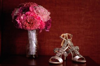 badgley-mischka-sandals-with-crystal-details-open-toe-bright-pink-fuchsia-bouquet
