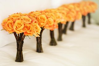 long-stemmed-orange-rose-bridesmaids-bouquet