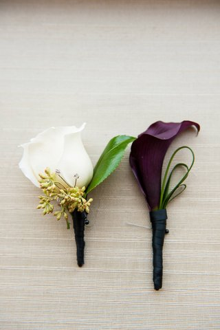 white-rose-and-purple-calla-lily-wrapped-in-ribbon