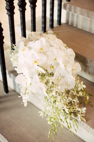 bridal-bouquet-of-cascading-bouquet-of-white-phaelenopsis-orchids