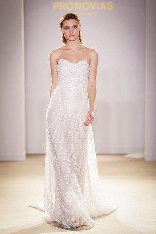 atelier-pronovias-2019-bridal-collection-wedding-dresses-strapless-beaded-lace-bridal-gown
