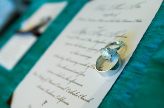 couples-wedding-band-and-diamond-ring