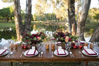 lvl-events-lake-wedding-marsala-table-decorations