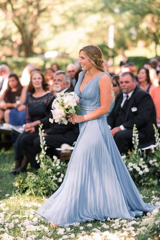 maid-of-honor-in-prada-couture-dress-light-blue-pleated-bridesmaid-dress