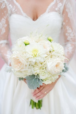 white-dahlia-hydrangea-and-rose-bouquet-with-pearls