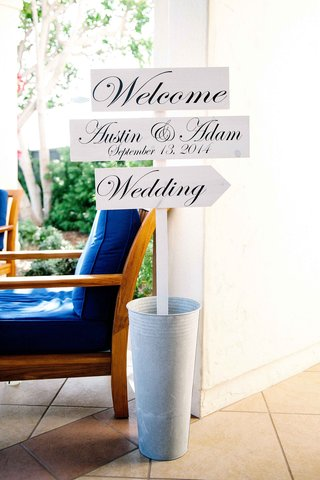 wedding-three-part-welcoming-sign-with-bride-and-grooms-name-and-wedding-date