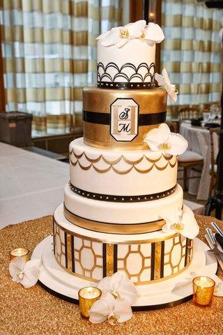 white-gold-black-vintage-inspired-wedding-cake-art-deco-elements-scallop-geometric-designs