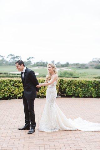 couples-shares-first-look-california-resort-pelican-hill-newport-beach-wedding-berta-dress-hotel