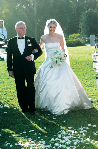 brides-dad-in-tuxedo-with-white-pocket-square