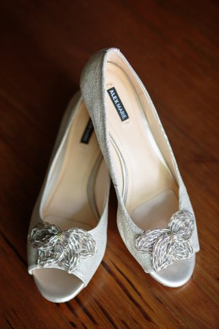 alex-marie-mindee-beaded-mini-wedge-butterfly-shaped-detail