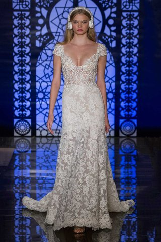 reem-acra-bridal-fall-2016-lace-wedding-dress-with-sheer-skirt-and-bodice