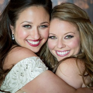 bride-and-bridesmaid-with-pink-blush-and-lipstick