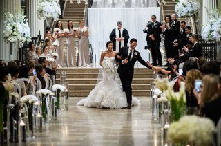 wedding-ceremony-corinthian-houston-ballroom-event-white-flowers-floating-candles-guest-photos