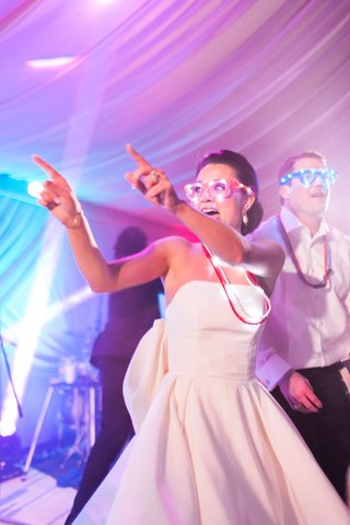 wedding-reception-dance-floor-bright-lights-party-blinking-light-up-glasses-and-necklaces