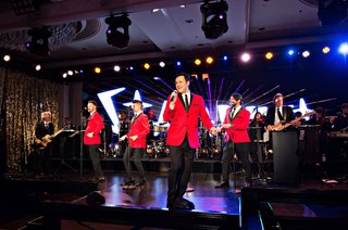 fifty-wedding-anniversary-party-las-vegas-style-entertainment-stage-the-four-seasons-tribute-act-red
