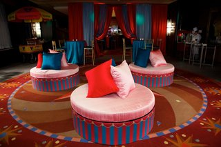 wedding-after-party-with-a-colorful-circus-theme