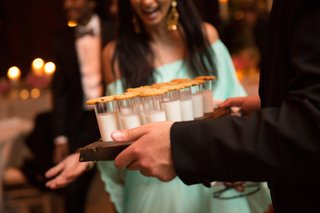 milk-and-cookies-as-late-night-snack-at-wedding-reception