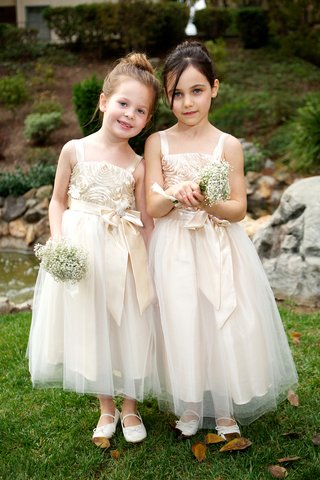 rosette-flower-girl-bodice-with-tulle-skirt