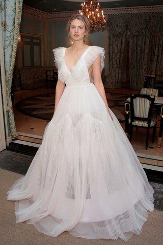 delphine-manivet-spring-summer-2017-pasquier-wedding-dress-with-tulle-crinoline-underskirt-v-neck