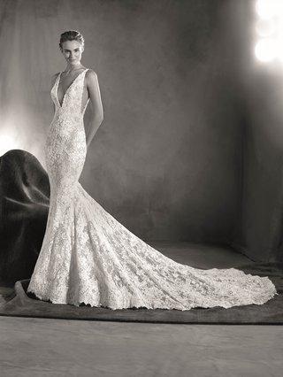 atelier-pronovias-2017-estela-lace-plunging-v-neck-wedding-dress-lace-with-low-cut-sides