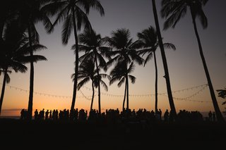 destination-wedding-in-maui-maui-wedding-overlooking-the-ocean-maui-sunset-outdoor-reception
