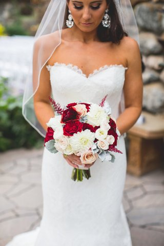 karla-cassidy-floral-design-white-and-red-bouquet
