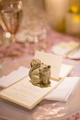 table-card-holder-in-shape-of-squirrel-at-wedding