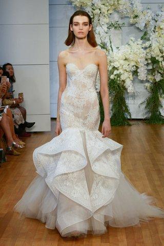 monique-lhuillier-spring-2018-bridal-collection-wedding-dress-emanuela-strapless-trumpet-mermaid