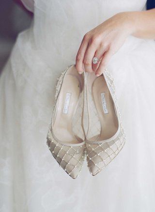 beaded-patterned-high-heel-shoes-bridal-pearls-cross-hatching-pippa-middleton-wedding-predictions