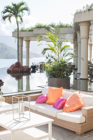 st-regis-princeville-resort-relaxation-terrace