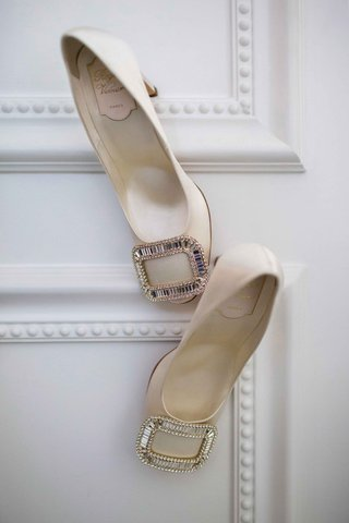 roger-vivier-cream-pumps-with-silver-buckle-on-toe-sparkling-classic-wedding-shoe
