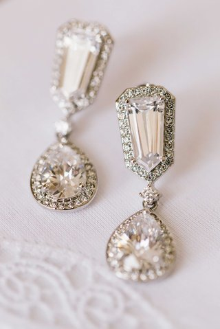 halo-diamond-earrings-with-drop-teardrop-pendant-and-halo-diamond-design