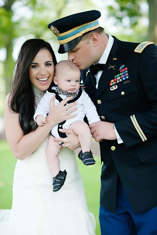 olga-duarte-and-robert-heidt-with-baby-boy-at-wedding
