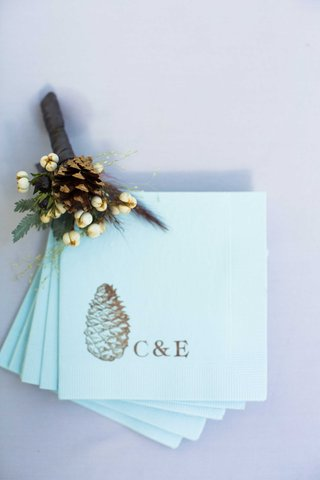 custom-blue-napkins-couples-initials-pinecone-in-gold-tan-champagne