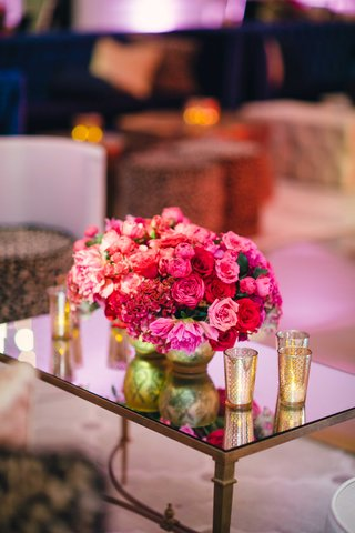 wedding-reception-lounge-with-mirror-table-and-flowers-pink-rose-red-rose-red-cockscomb